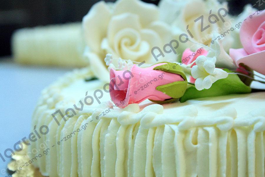 a4a4cba5fb08 Στην σελίδα αυτή μπορείτε να δείτε κάποια σχέδια από τούρτες γάμου που θα  σας βοηθήσουν στην επιλογή του στολισμού. Ένα είναι σίγουρο